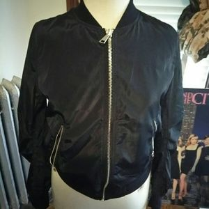 Jackets & Blazers - Cute little black jacket